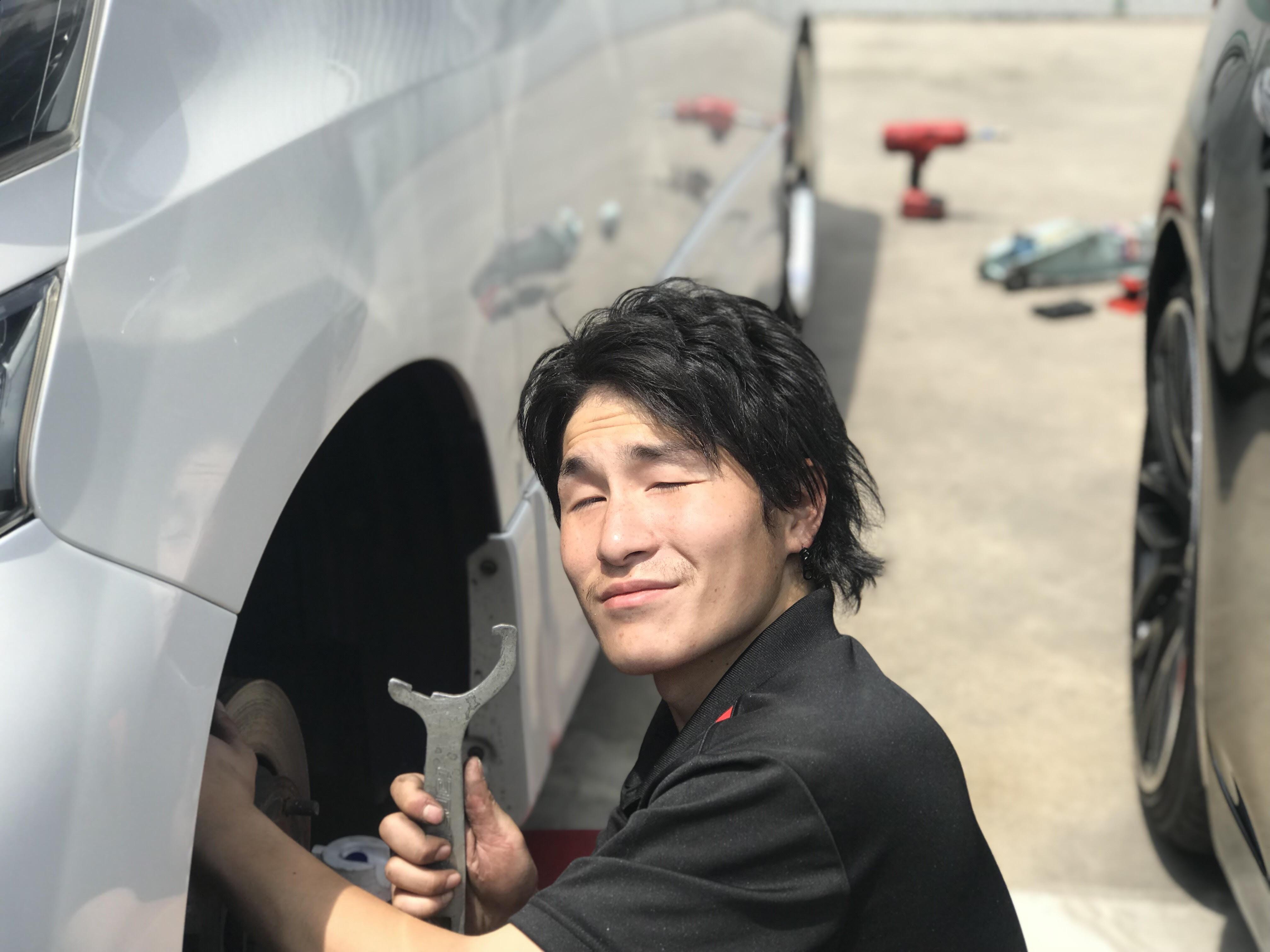★摂津本店★いよいよ車検!!